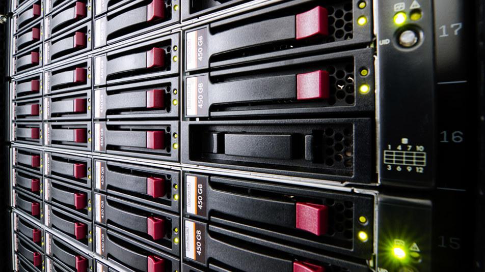 Shared Web Hosting ή Dedicated Web Hosting; Ποια είναι καλύτερη επιλογή; - Header